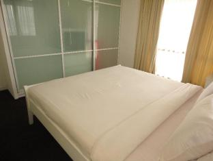 FNF Service Suite at Times Square Kuala Lumpur - Master Bedroom