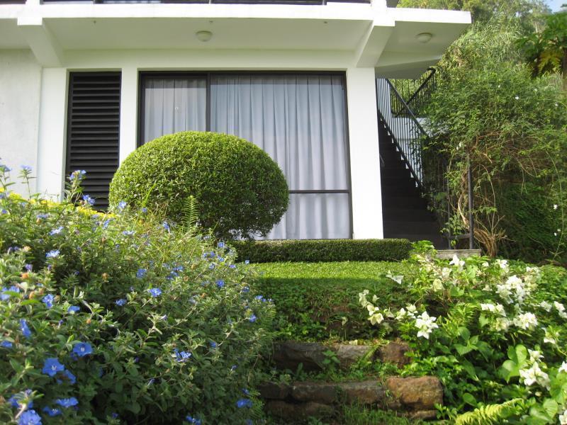 Zenith home stay warakamura matale sri lanka great for Zenith garden rooms