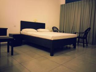 Zenith Home Stay Kandy - Standard Room