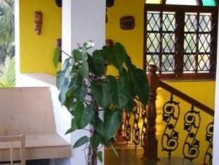 Stain Glass Cottage Syd Goa - Hotellet udefra