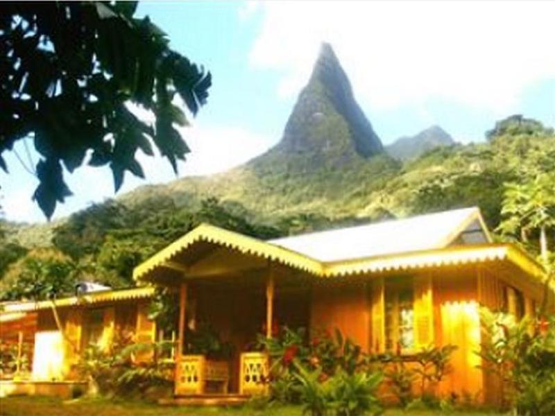Ecolodge la maison de la nature moorea island french polynesia - Maison de la nature meudon ...