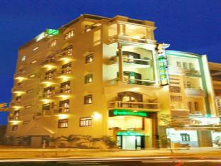 Y Van Hotel Danang