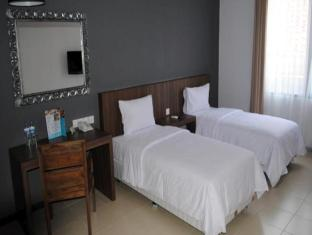 Praja Hotel Bali - Guest Room