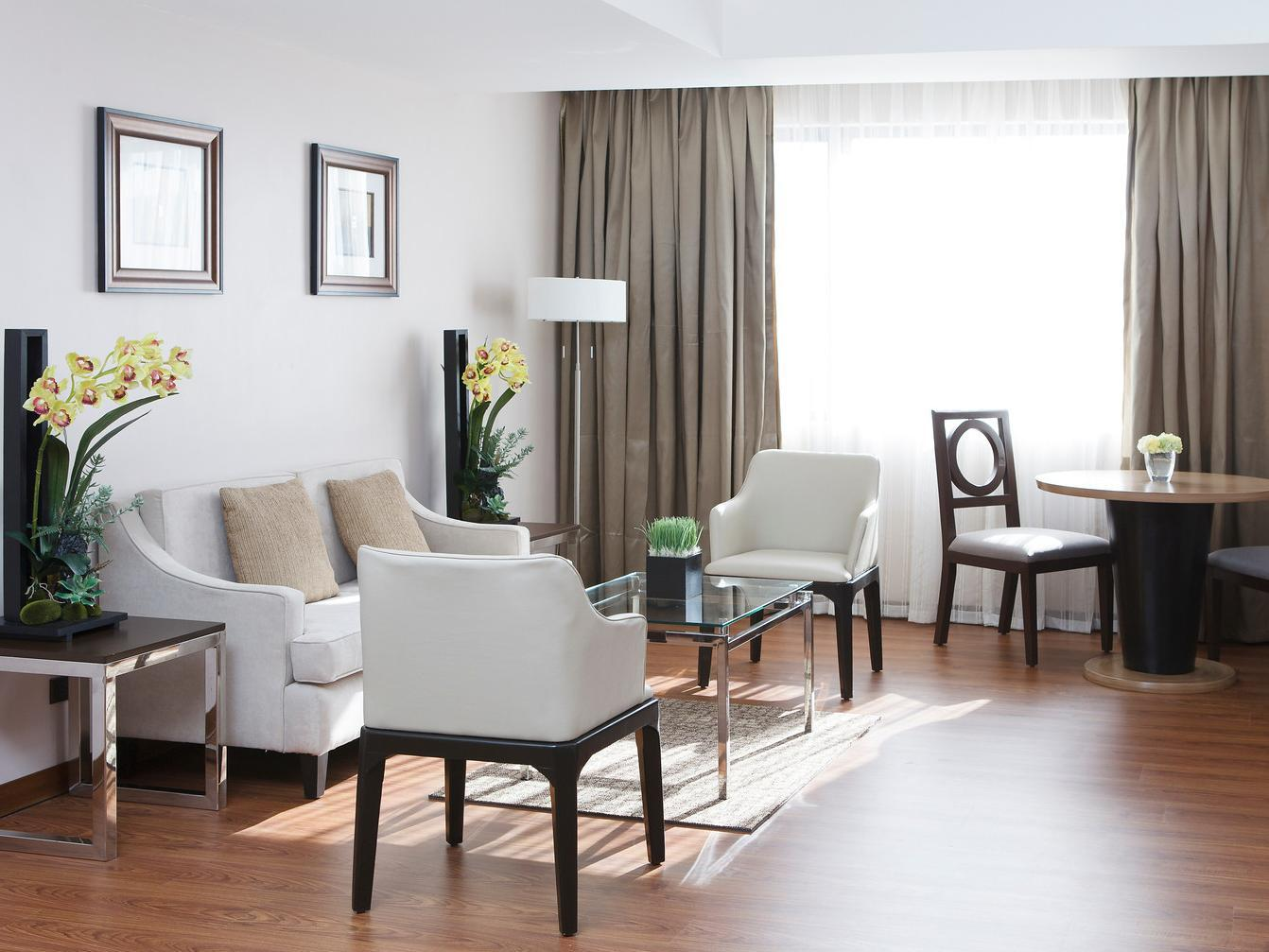 Ace Hotel & Suites - Suite Room