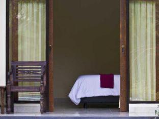 Terrace Bali Inn Balis - Balkonas / terasa