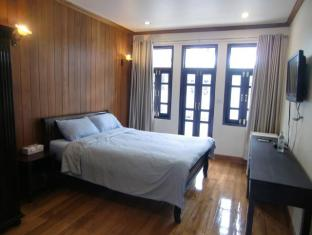The Royal ThaTien Village Bangkok - Guest Room