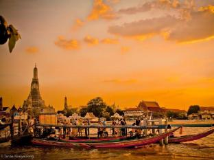 The Royal ThaTien Village Bangkok - Tha Tiean Boat Pier