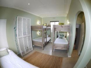 The B.I.G Backpackers Cape Town - Female Dormitory En-suite Room
