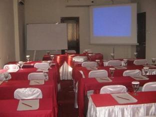 Grand Sirao Hotel Medan - Meeting Room