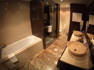 Donatello Boutique Hotel Almaty - Bathroom