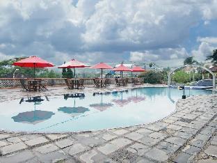 Lembah Sarimas Hotel