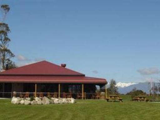 Stations Inn hotel accepts paypal in Hokitika