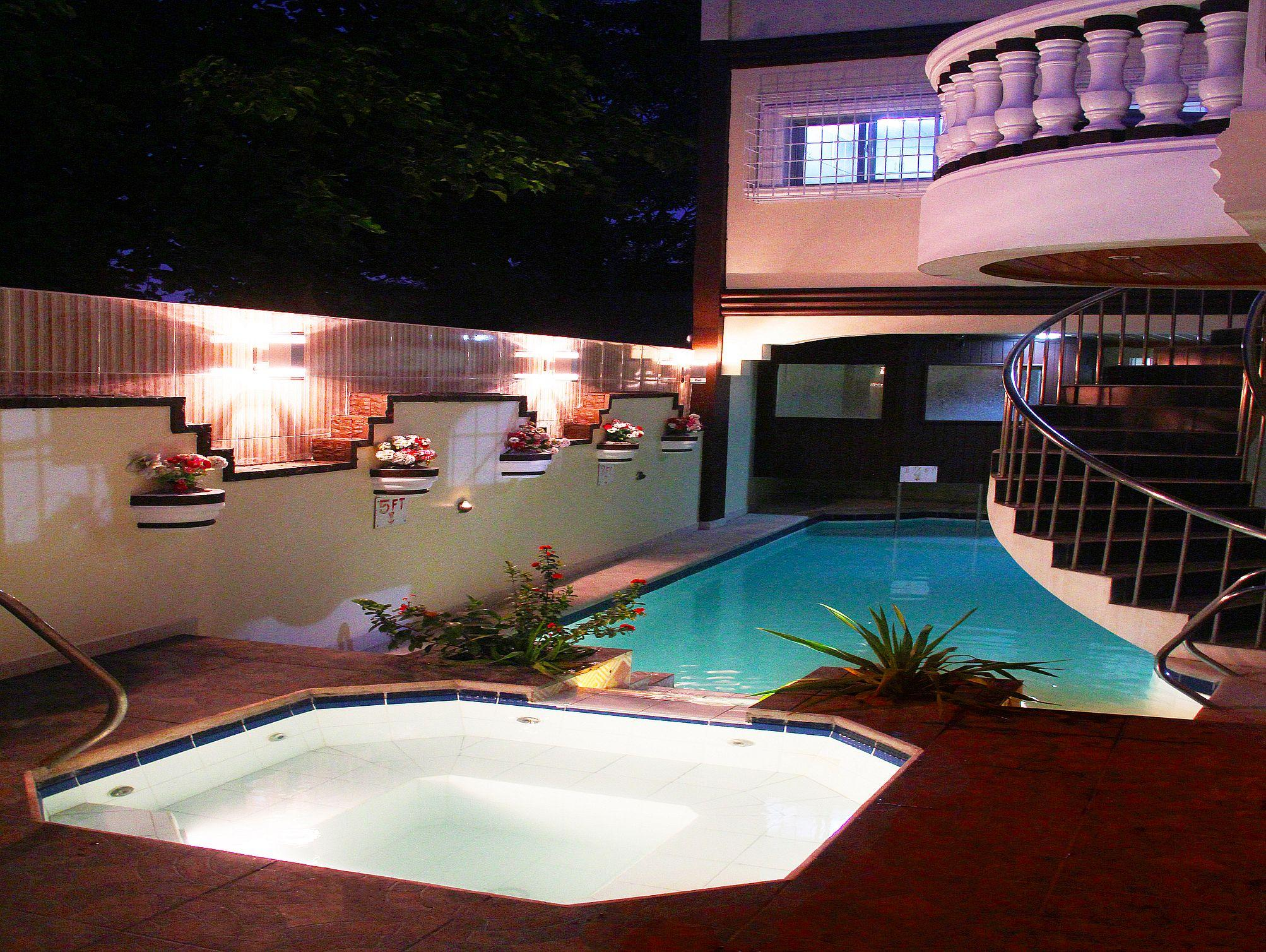 Coolmartin resort bacoor cavite philippines great - Beach with swimming pool in cavite ...