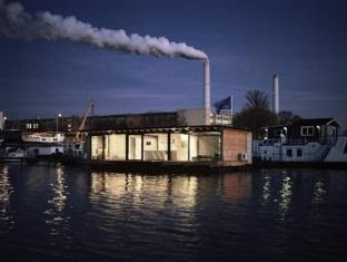 Old Town Apartments - FLODD- Floating Home Berlin - Apartment Exterior