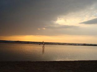 Paradise Bay Hotel Bentota/Beruwala - Paradise Bay beach at evening