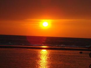 Paradise Bay Hotel Bentota/Beruwala - Sunset view from the Paradise Bay beach