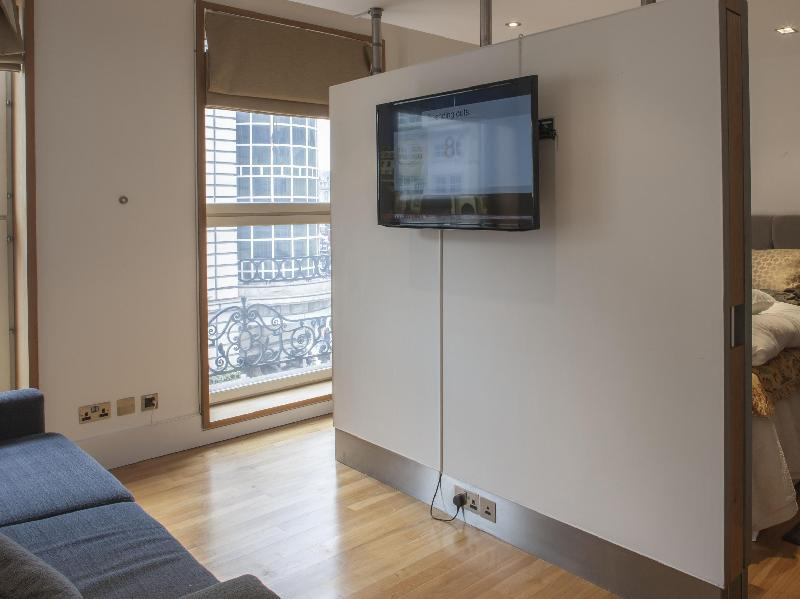 Studio Apartment With City View
