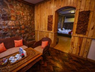 Pine Hill Resort Kalaw - Kamar Suite