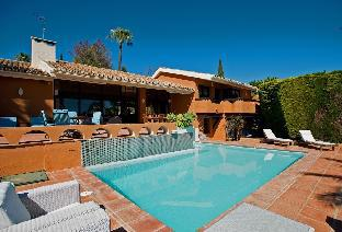 3500 sqft Luxury Villa Marbella up to 8