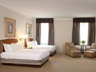 room of Hilton Netherland Plaza Hotel