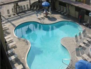 view of Vagabond Inn Palm Springs