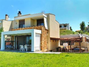 Amazing 250sqm deluxe villa with astonishing view