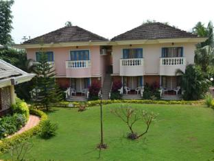 Coconut Grove Hotel South Goa - Surroundings