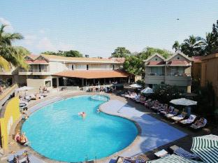 Whispering Palms Beach Resort Goa - Hotellet udefra
