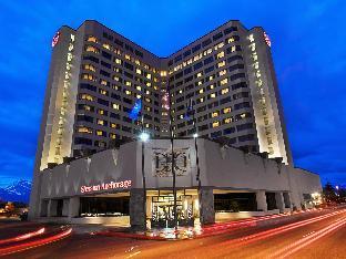 room of Sheraton Anchorage Hotel & Spa