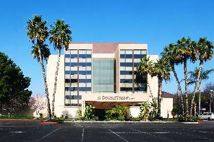 Coupons DoubleTree by Hilton Fresno Convention Center