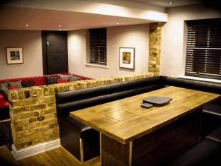 Epic Serviced Apartments Liverpool - Suite Room