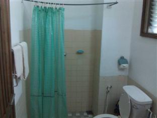 Kalaw Hotel Kalaw - Bathroom