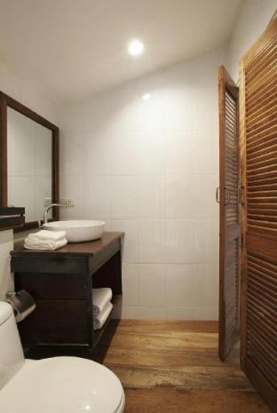 8 Villas Hua Hin guestroom junior suite