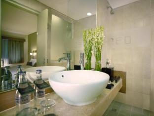 澤蘭堤庫塔新酒店 峇里 - 衛浴間