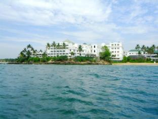 Mount Lavinia Hotel Colombo - Hotel View From Sea