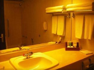 Grand Margherita Hotel Kuching - Bathroom