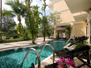 The Front Village Hotel Phuket - Swimming Pool