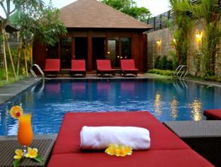 Ari Putri Hotel Bali - Kolam renang