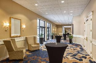view of Doubletree By Hilton Boston Andover