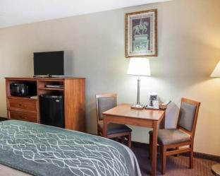Interior Comfort Inn and Suites Bothell - Seattle North