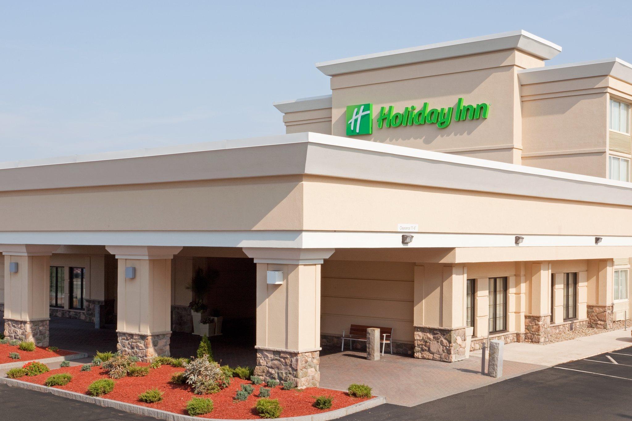 Holiday Inn & Suites Boston Peabody image