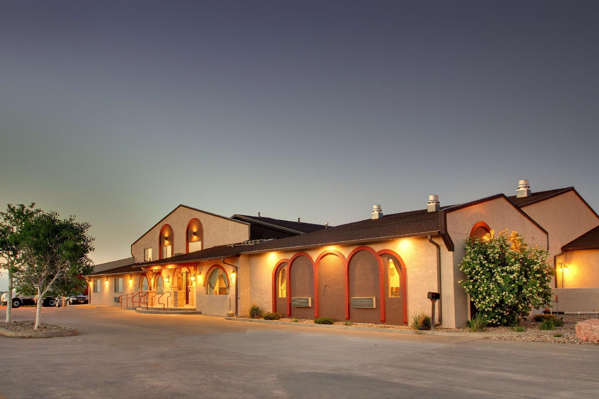 Best Western West Hills Inn image
