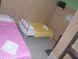 Daylight Inn Davao - Twin Air-Condition Room