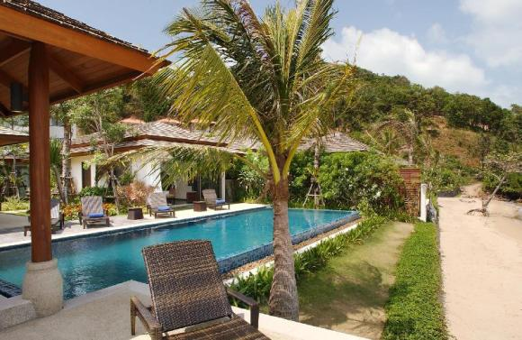 Dhevatara Residence Villa 3 -4 Bedroom, Beachfront