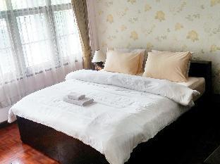 Sabai House guestroom junior suite