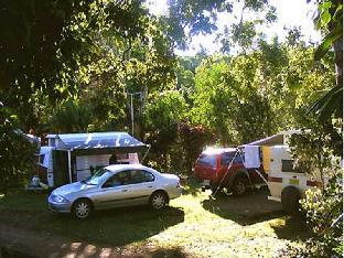 Lake Eacham Caravan Park & Self-Contained Cabins PayPal Hotel Atherton Tablelands