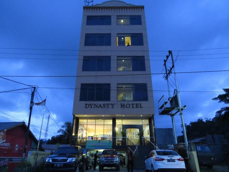 Hotel Dynasty picture