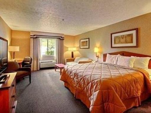 ➦  Choice Hotels    (Indiana) customer rating