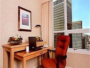 โรงแรมมาริออท พินนาเคิล แวนคูเวอร์ (BC) - ภายในโรงแรม