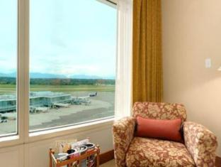 The Fairmont Vancouver Airport Richmond (BC) - Guest Room